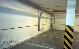przecieki zacieki na ścianach w garażu podziemym